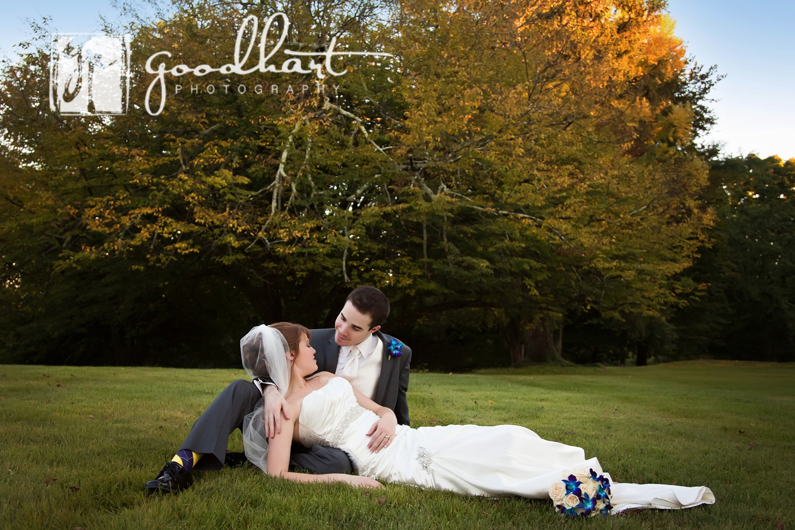 romantic wedding pictures at rosemont manor