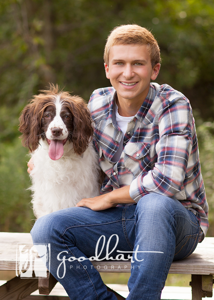 senior pictures guy with dog